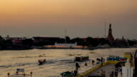 HD-Zeitraffer: Belebten Verkehr in Fluss Chaophraya Bandkok