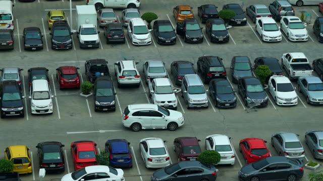 Time-lapse : Car parking