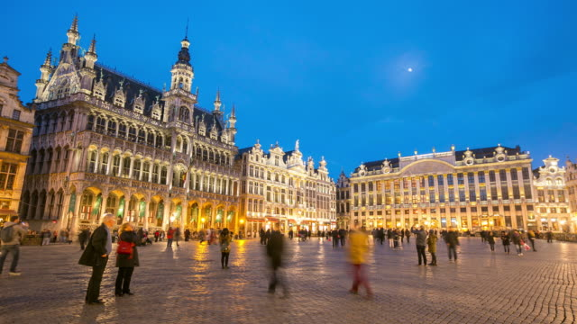 4K Time-lapse: City Town hall Grand Place Brussels Belgium sunset