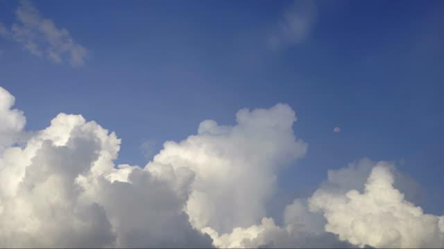 Timelapse Clouds Cumulonimbus Before the storm
