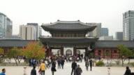 Time-Lapse-affollata persone al Palazzo Gyeongbokgung in Corea