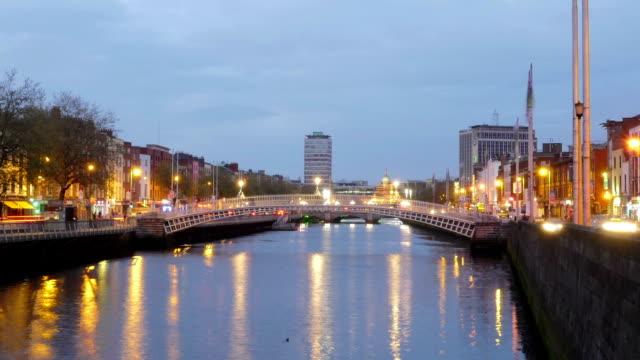 Timelapse: Dublin Ha'penny Bridge