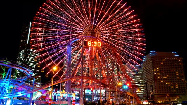 Time-lapse : Ferris wheel at Yokohama city in Japan