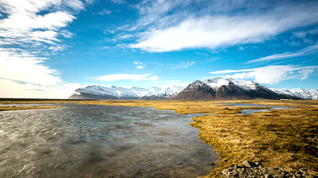 HD time-lapse: mountain range in Southern Iceland Jokulsarlon