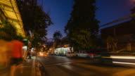 HD-Zeitraffer:  Nachtleben in street Chiang Mai