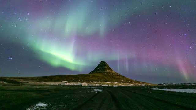 4K Time-lapse: Northern Light Aurora Borealis at Kirkjufell Iceland