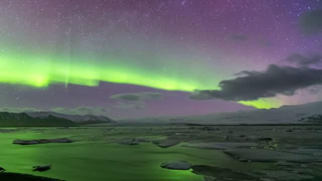 4K Time-lapse: Northern Light Aurora Borealis Vatnajokull Glacier Jokulsarlon Iceland