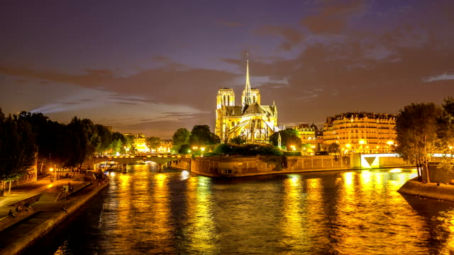 HD Timelapse: Notre Dame Cathedral at night in Paris, France