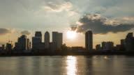 LONDON: TimeLapse of Canary Wharf Skyline in London