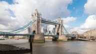 LONDON: TimeLapse of the Tower Bridge
