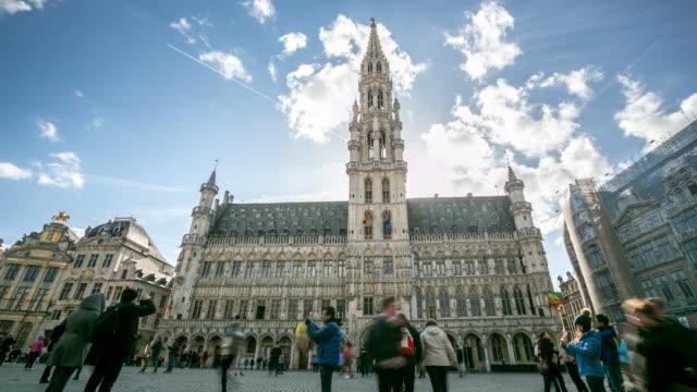 4K Time-lapse: Pedestrian Brussels Grand Place garden Belgium sunset