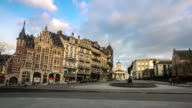 Time-lapse: Pedestrian Brussels Grand Place garden Belgium sunset