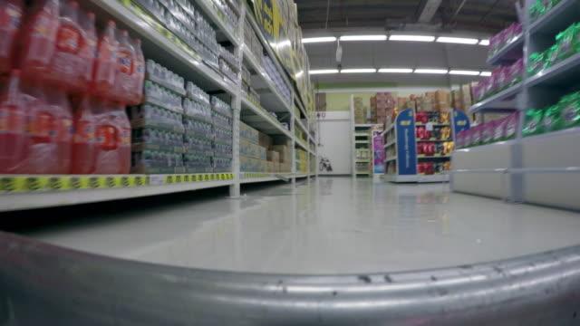 4K Time-lapse supermarket shopping walk
