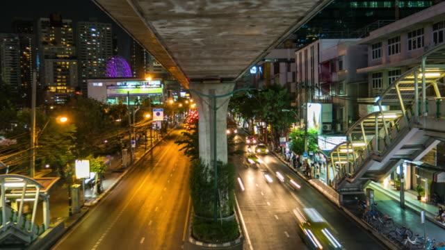 Timelapse: Traffic at night