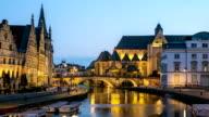 HD-Zeitraffer-Zoom-out: Gent Altstadt Saint Michael-Kirche, Belgien