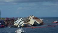 Timelapses of the salvage operators to lift the Costa Concordia cruise ship upright from its watery grave CLEAN Timelapses of Costa Concordia cruise...
