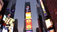 Times Square in New York City Dämmerung