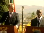 Tony Blair and Thabo Mbeki press conference SOUTH AFRICA Pretoria LEVELS*** Tony Blair and Thabo Mbeki up to podiums for press conference / Thabo...