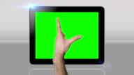 Gestik mit Touchscreen tablet grünen Bildschirm. HD