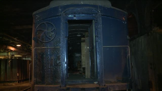 A tour of Grand Central's secret underground tunnels a secret room that houses the power supply for train lines and President Roosevelt's train car...