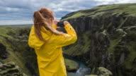 Toeristische nemen van foto's van canyon
