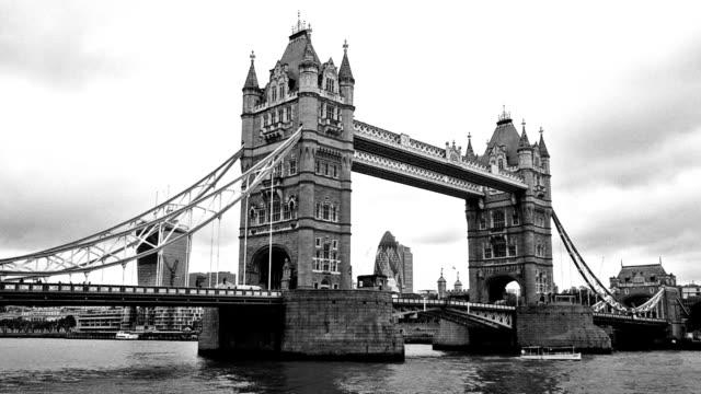 Tower Bridge monochrome