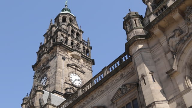 Town Hall Clock Tower in City Centre, Sheffield, South Yorkshire, England, UK, Europe