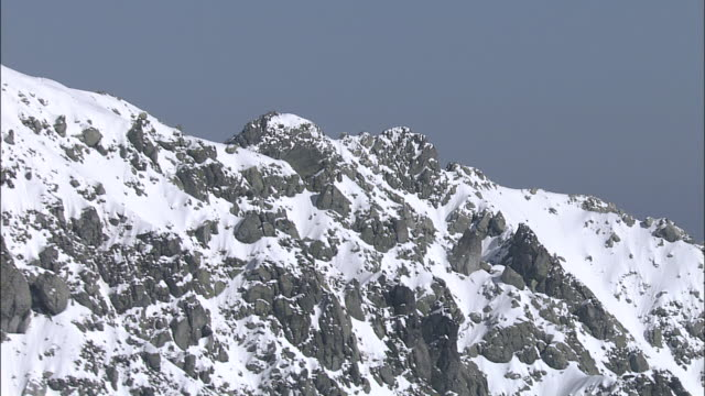 Track left over summit of Mount Tate in Northern Alps, Toyama Aerial Shot