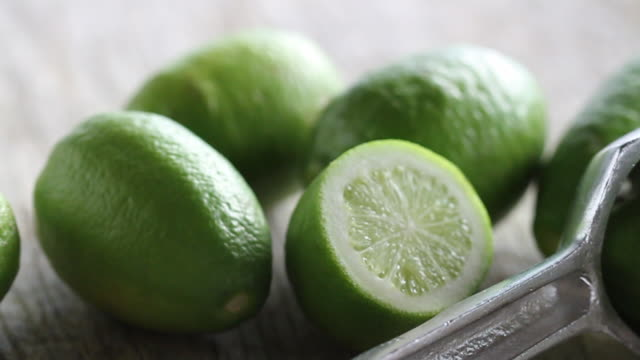 tracking over cut limes