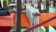 Ein traditionelles Weben von hand Webstuhl