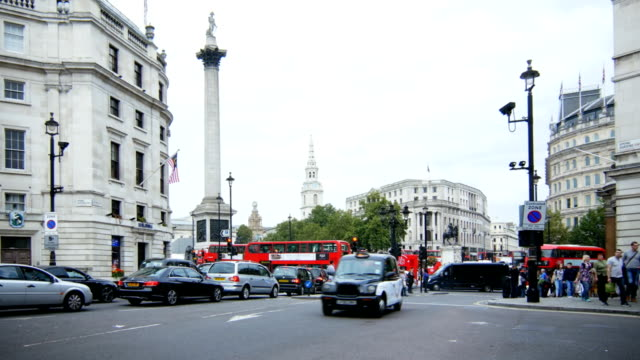 Traffic At London Trafalgar Square (4K/UHD to HD)