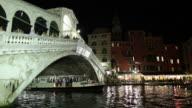 WS Traffic at Rialto Bridge at night / Venice, Italy