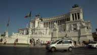 WS Traffic by Monument to Vittorio Emanuele II / Rome, Italy