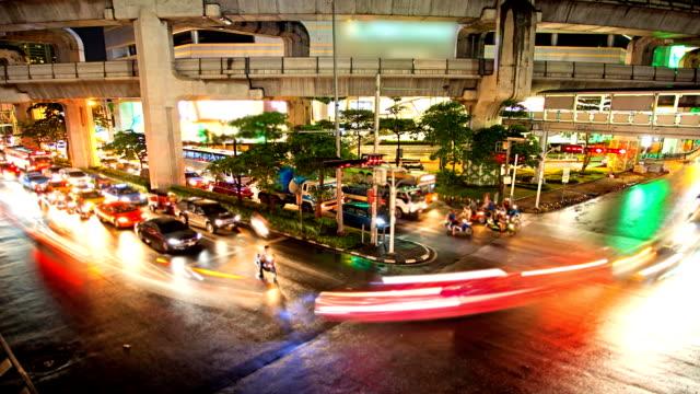 Traffic in Bangkok at night