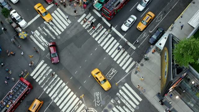 T/L, MS, HA, Traffic on Broadway intersection, Manhattan, New York City, New York, USA