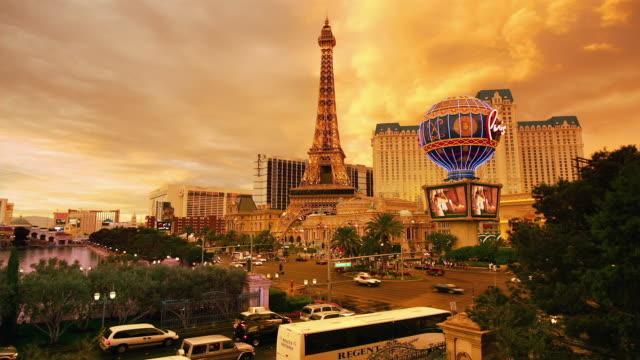T/L, MS, HA, Traffic on Las Vegas Strip at dusk, Las Vegas, Nevada, USA
