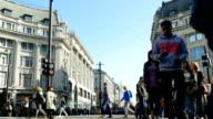 T/L Traffic On London Oxford Circus (4K/UHD to HD)