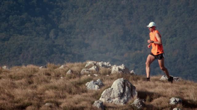 Trail runner on the ridge
