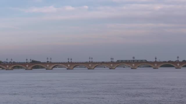 tram /trolley car on the Pont de pierre
