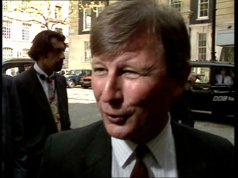 EXT Arrivals for Labour Party policy meeting including Robin Cook/ Roy Hattersley arrival intv/ Margaret Beckett arrival intv on ownership aspects of...