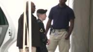 Tras darse a conocer la condena a 35 anos de prision para el soldado estadounidense Bradley Manning por haberle filtrado informacion confidencial a...
