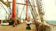 Reisen Sie auf einer alten Segeln Schiff