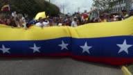 Tres personas murieron el lunes en Venezuela en otra jornada de protestas en todo el pais contra el presidente Nicolas Maduro segun confirmo Jorge...