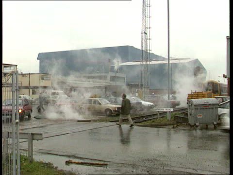 Defence Committee decision EXT Rosyth SEQ Workers along at Rosyth