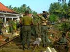 Tsunami causes train crash in Sri Lanka