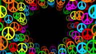 Tunnel von bunten Frieden Symbole (Endlos wiederholbar