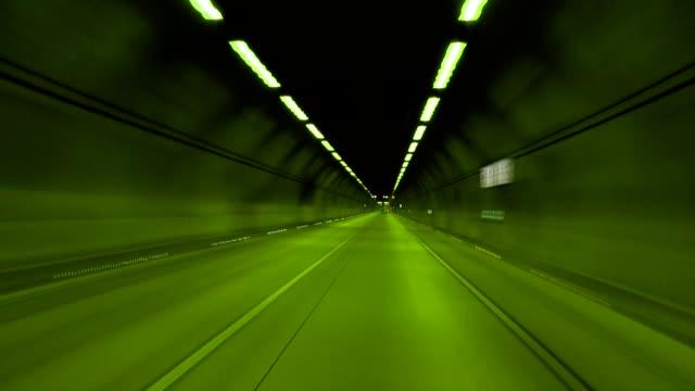 Tunnel (grün