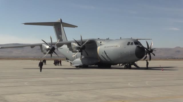 Turkish military cargo plane carrying aid and a searchandrescue team lands at Sulaymaniyah International Airport on November 13 2017 in Sulaymaniyah...