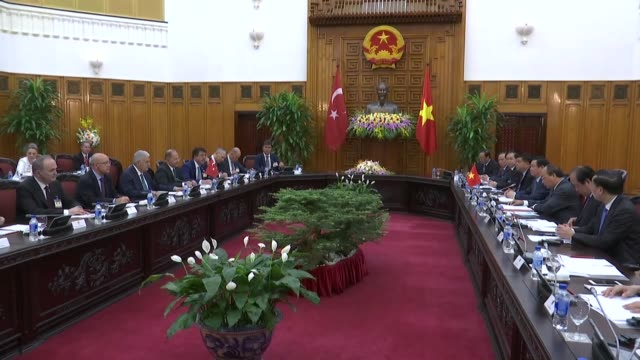 Turkish Prime Minister Binali Yildirim his Vietnamese counterpart Nguyen Xuan Phuc and their accompanying delegations hold a meeting at the...