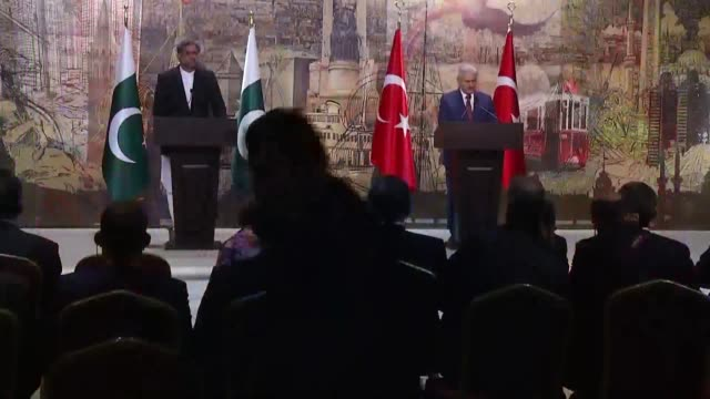 Turkish Prime Minister Binali Yildirim speaks during a joint press conference with his Pakistani counterpart Shahid Khaqan Abbasi at the Dolmabahce...